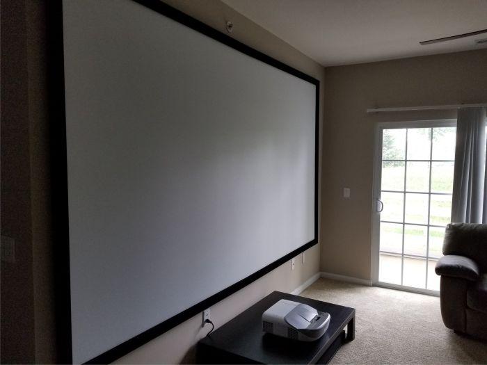 پرده ویدیو پروژکتور سقفی یا دیواری